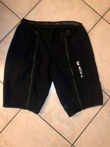 Vendo pantaloncini da Sci